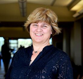 Dr. Carmen Fies